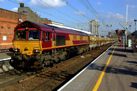 66 037 EWS aggregate train at Stratford - 3